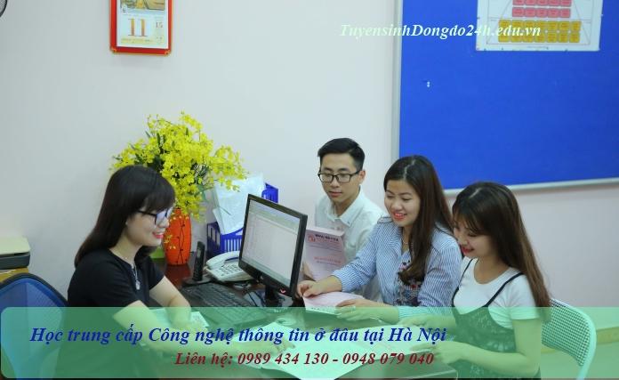 Học trung cấp công nghệ thông tin tại trường TC CN & QT Đông đô