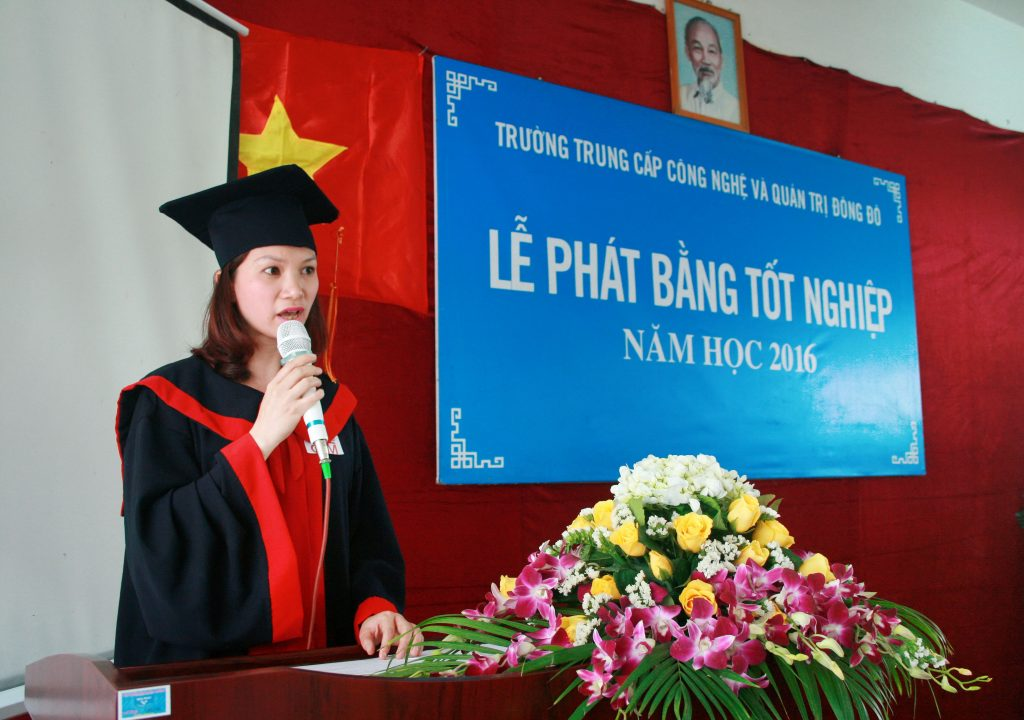 tot nghiep truong dong do