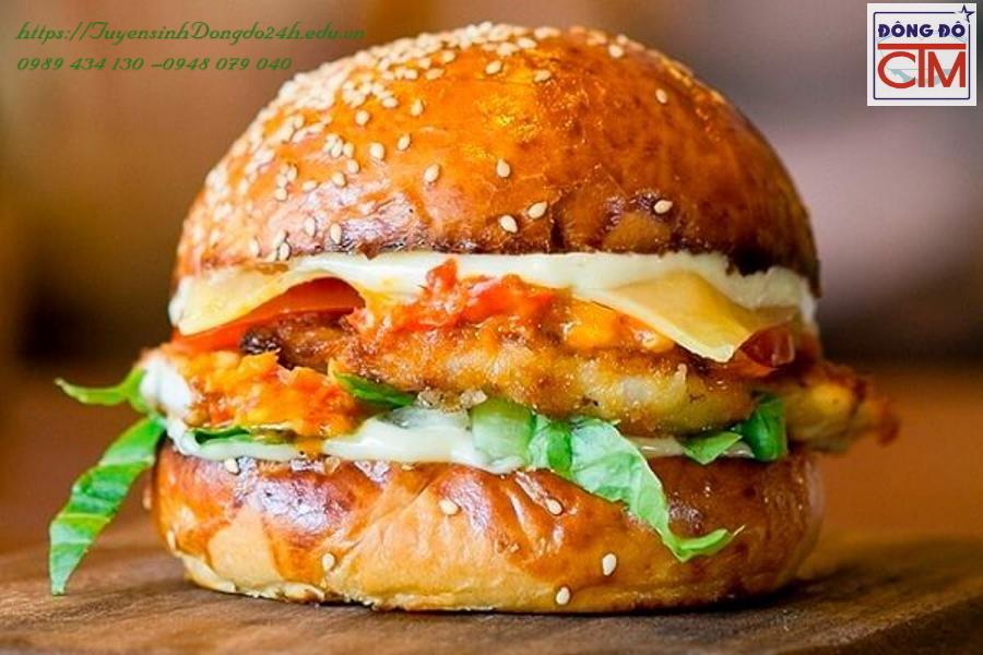 kinh doanh banh mi hamburger